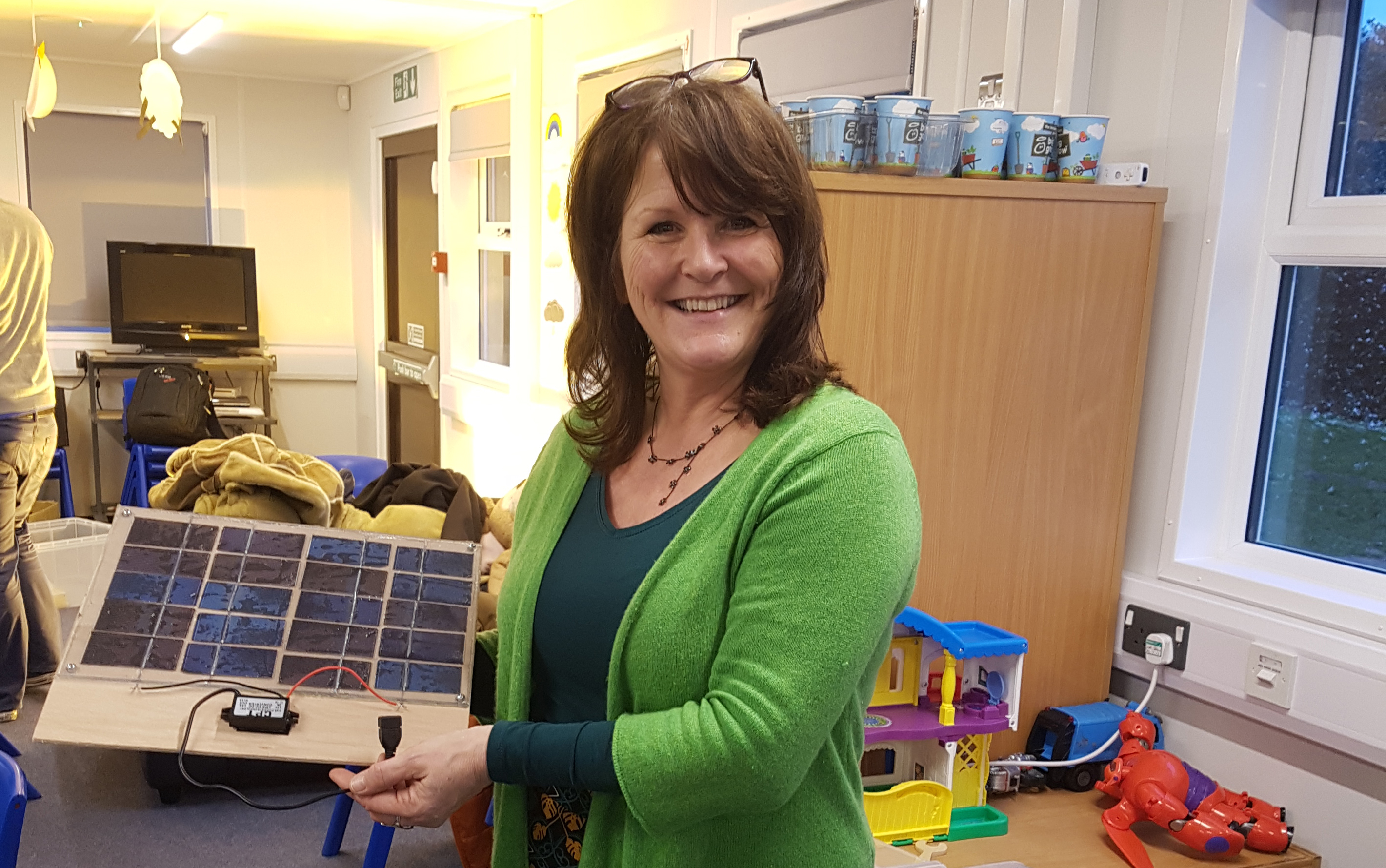DIY solar workshop at Sandown School
